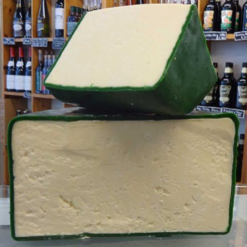 Wensleydale Cheese (Hawes, Special Reserve) , traditional crumbly British cheese